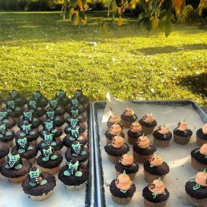 Student-made cupcakes at the Kendall College Fall Picnic.